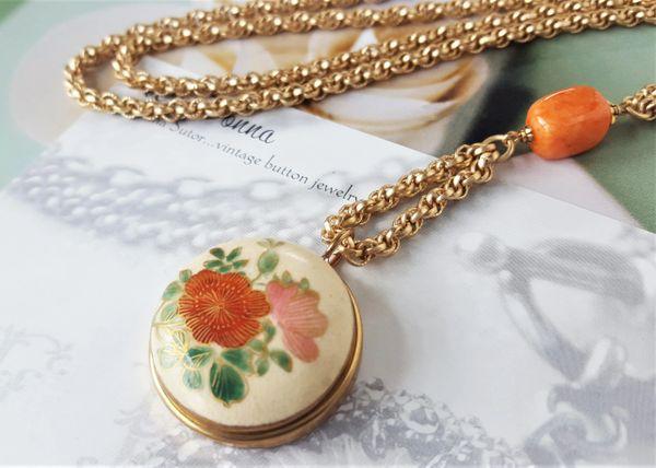 Vintage Satsuma Button Necklace