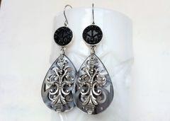 ALEXA - Filigree Lucite Earrings, Grey Pearl