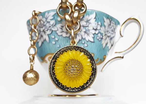 SUNNY - Sunshine Yellow Sunflower Czech Glass Necklace