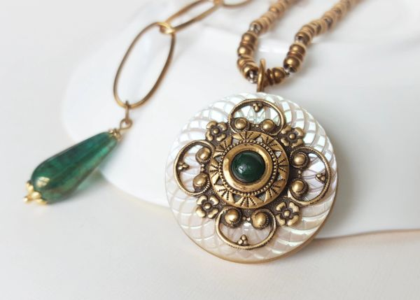 ADA - Antique Button Necklace
