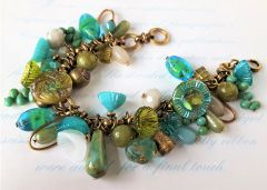 ISLE - Turquoise Glass Beaded Charm Bracelet