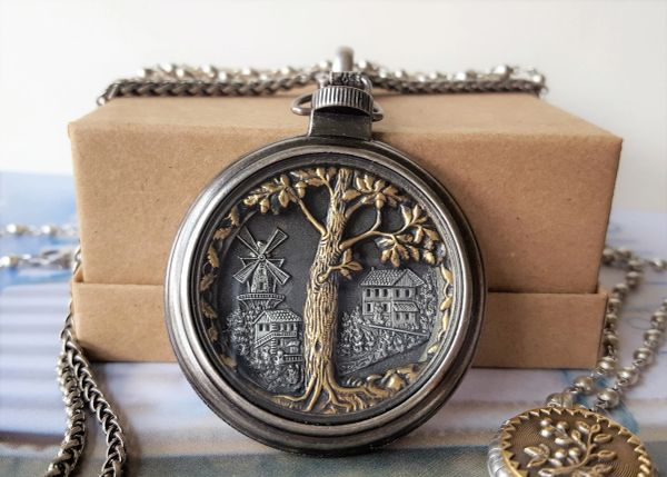 The OAK - Pocket Watch Necklace