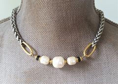 The Three Pearl Necklace