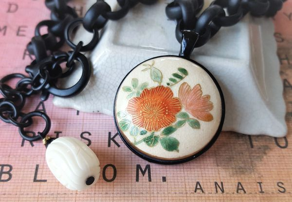 KIYA - Floral Satsuma Necklace