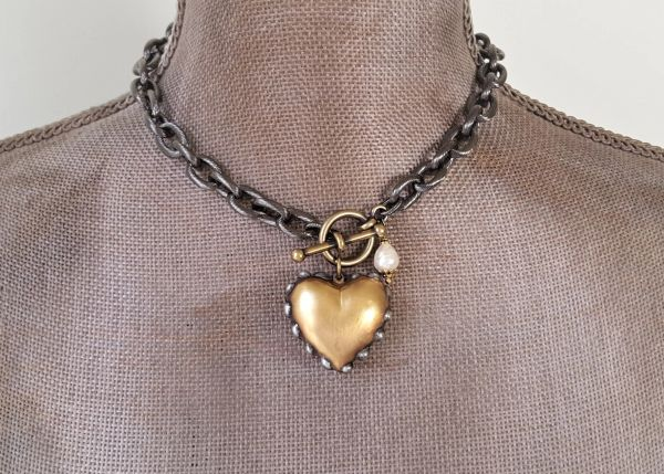 HEART O' GOLD - Chunky Gold Heart Choker