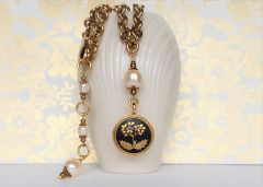 YUI - Floral Damascene and Baroque Pearl Necklace