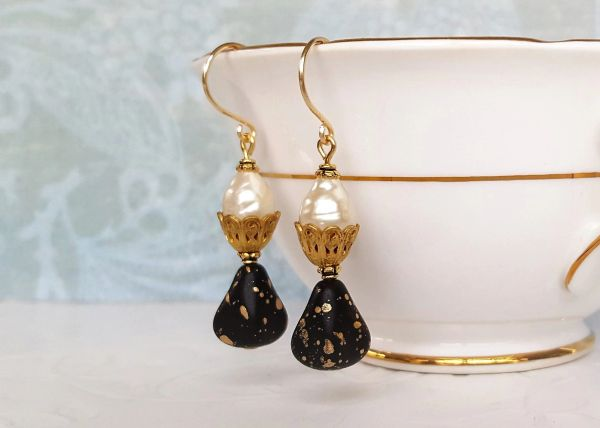 NOVA - Black Glass and Baroque Pearl Earrings