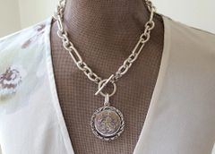 WYNN - Antique Mother of Pearl Necklace