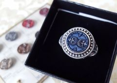 TORY - Victorian Antique Button Ring