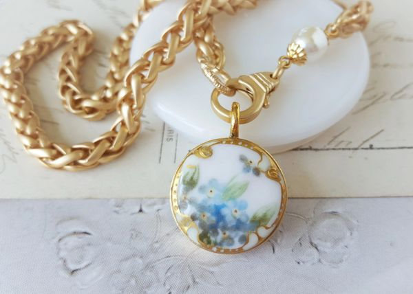 FLORA LI - Blue Floral Necklace
