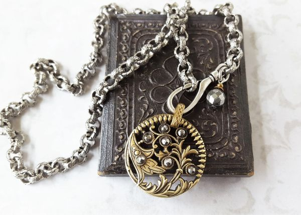 SILVY - Antique Button Necklace