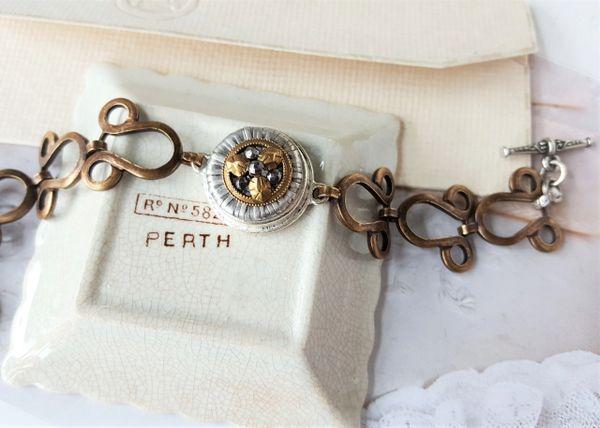 UNEEDA - Vintage Link Antique Button Bracelet