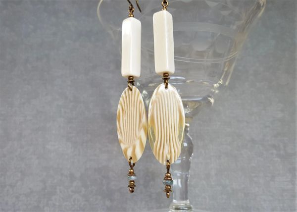 ISADORA EARRING - Art Deco Style Lucite Earrings