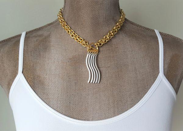 WAVE - Curvy Bar Tassel Necklace