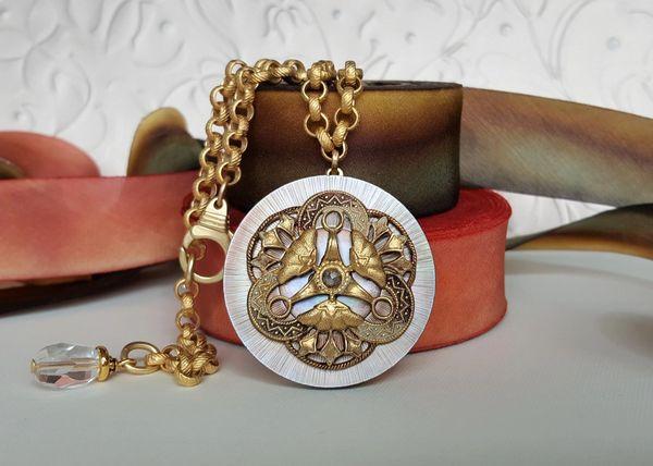FAYE - Filigree, Antique Button Pendant Necklace