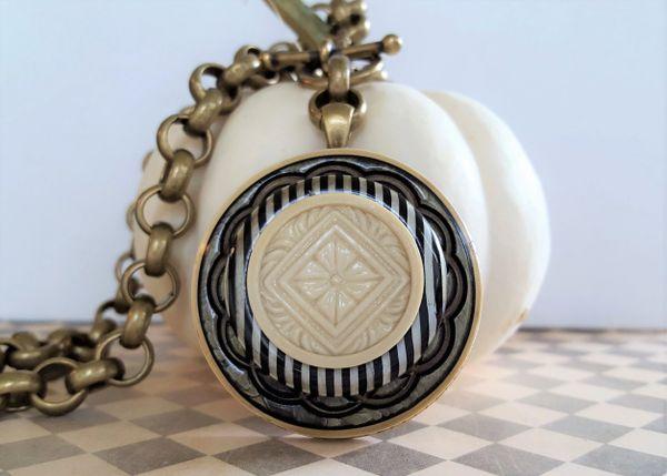 Betsy - Art Deco, Vintage Button Necklace