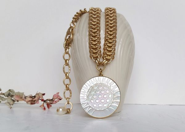 LUNIA - Carved Mother of Pearl Necklace