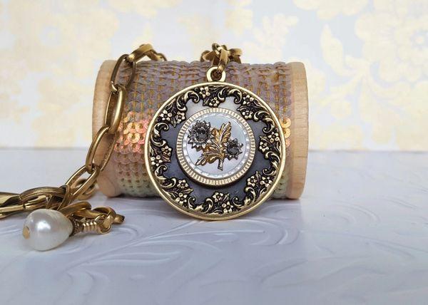 JULEA - Antique Button Necklace