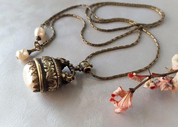 The Bronze Baroque Pearl FOB