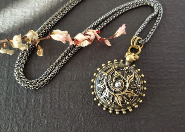 GERALDINE - Ornate Medallion, Antique Button Necklace