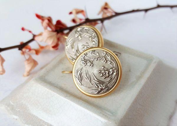 SURI - Japanese Floral Earrings