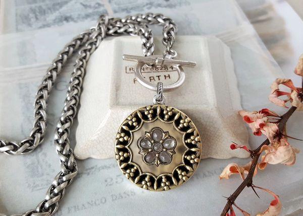 SIDNEY - Antique Button Necklace