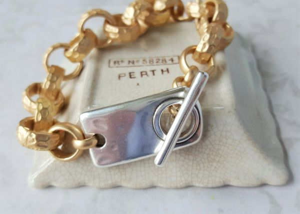 LUXE - Super Chunky Toggle Bracelet