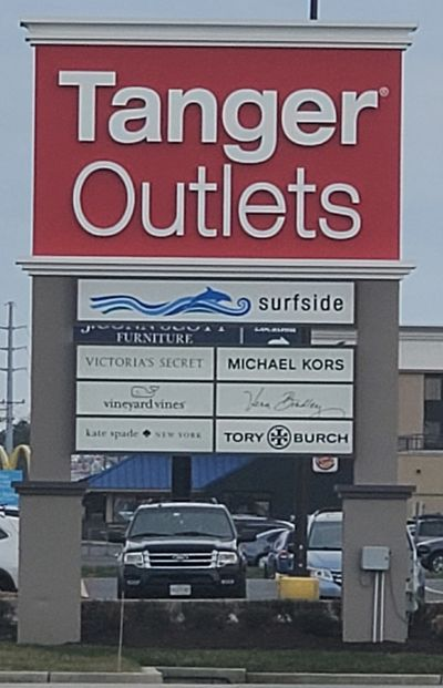 tanger outlets, outlets in rehoboth beach, things to do in the rain in rehoboth beach, delaware