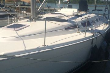 Used Hunter Sailboat for sale