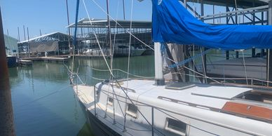1981 Hunter 33 Sailboats for Sale