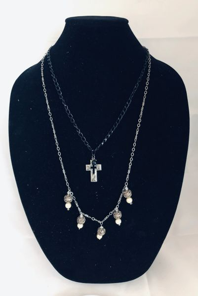 PEARL AND CROSS 3 Designs