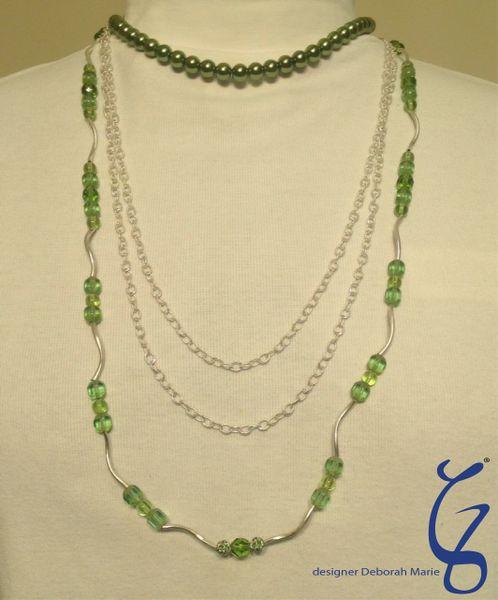 Green Pearl Chain & Crystal