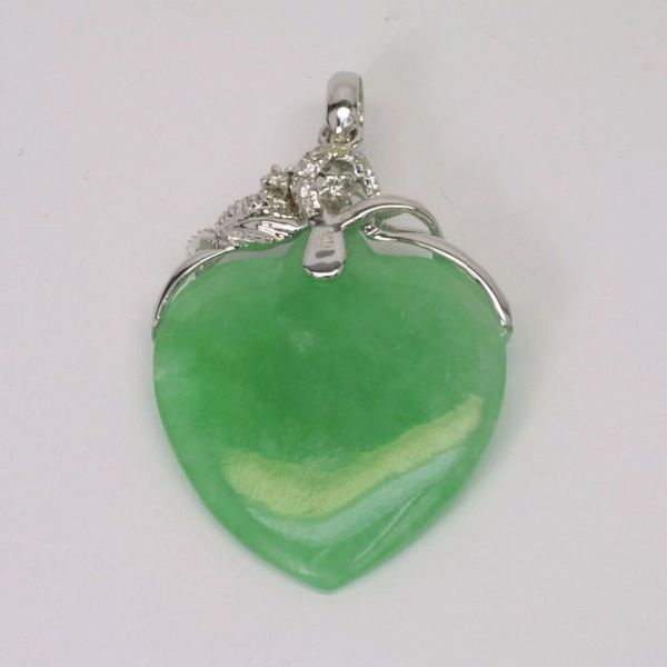 18K W/G Diamond Jade Heart Pendant