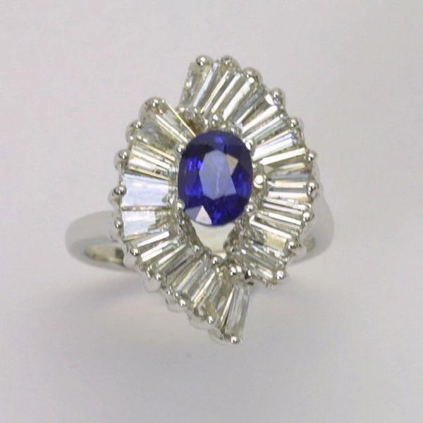 18K W/G Diamond Sapphire Ring