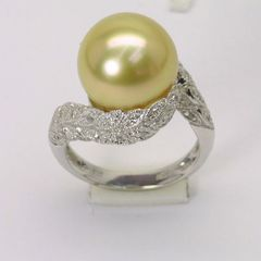 18K W/G Diamond South Sea Gold Pearl Ring