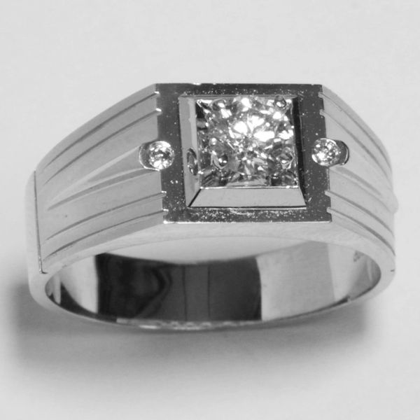 18K White Gold Diamond Men Ring