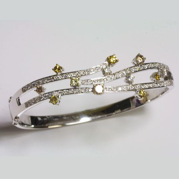 18K White Gold Fancy Yellow Diamond Bangle