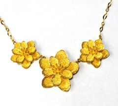 24K Yellow Gold Three Lotus Flower Necklace