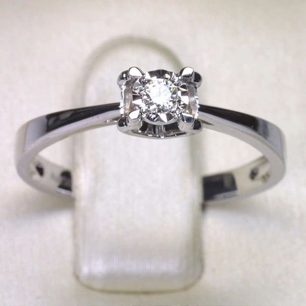 18K W/G Diamond Ring