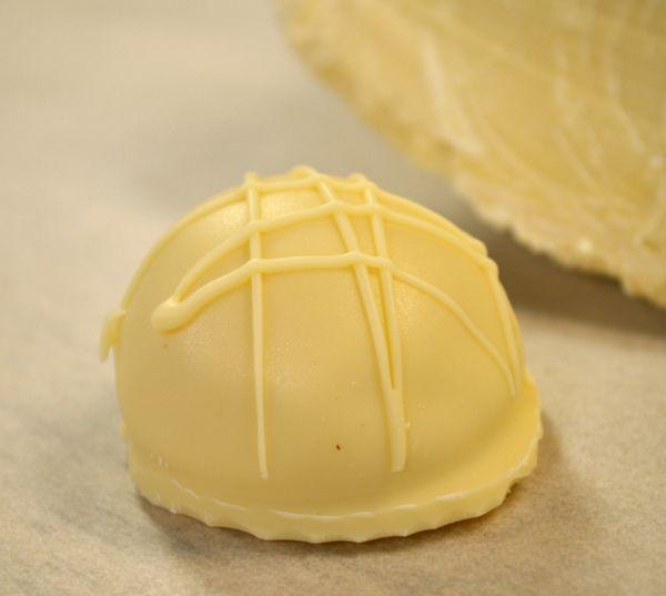 White Chocolate Classic Truffle