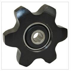 AH18770 Idler Sprocket 600 series later