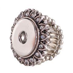 Rings_kb0553