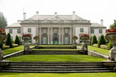 Nemours Mansion Holiday - Fri, November 22, 2019