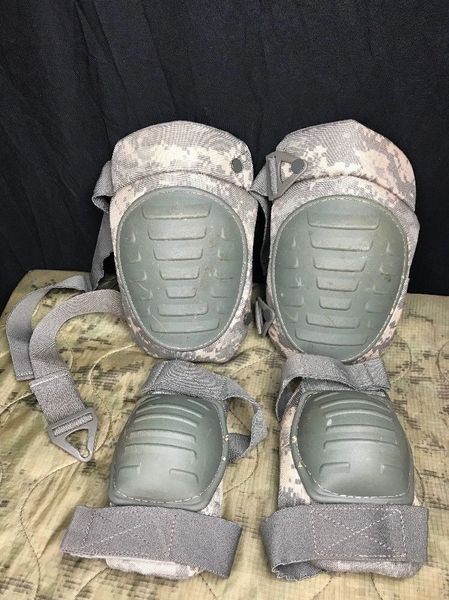 ELBOW & EXTENDED KNEE PAD SET, RFI ISSUE, ACU UNIVERSAL DIGITAL CAMOUFLAGE