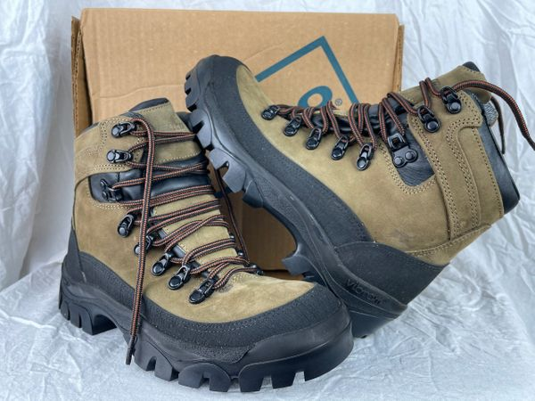 Mountain Combat Boots | NSN 8430-01-F00-6482 | 6.5W
