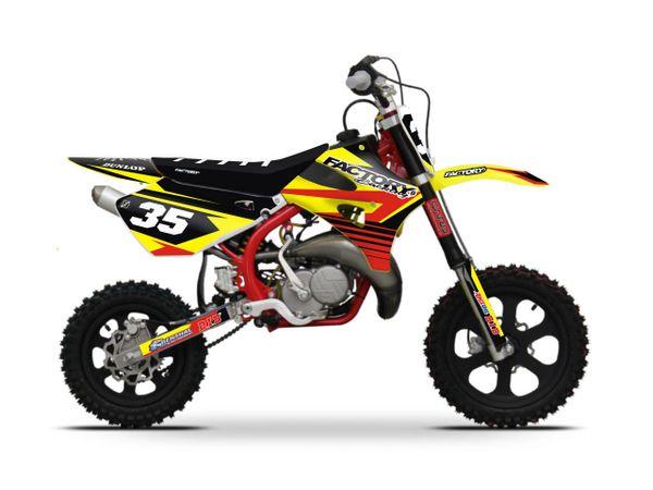 Cobra motorcycles Accelerate Semi Custom Factory Backing Cobra Graphics