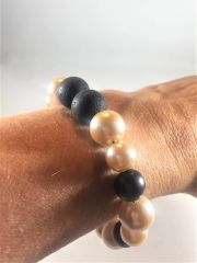 Beige and Black Beaded Aroma Bracelet