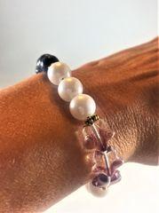 White/Black/Gold/Lavender Hearts Beaded Bracelet
