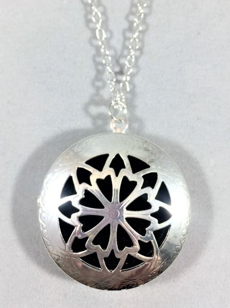 Silver Plated Diffuser Locket/Round Link Necklace