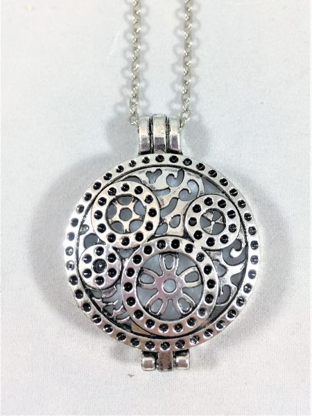 Antique Silver Diffuser Locket/Round Gear Link Necklace